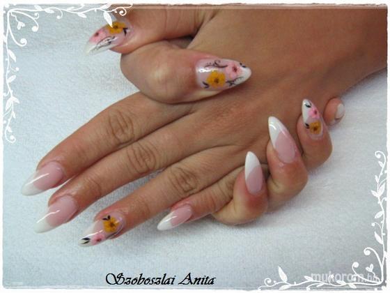 Szoboszlai Anita - szárított virággal - 2011-07-01 05:38