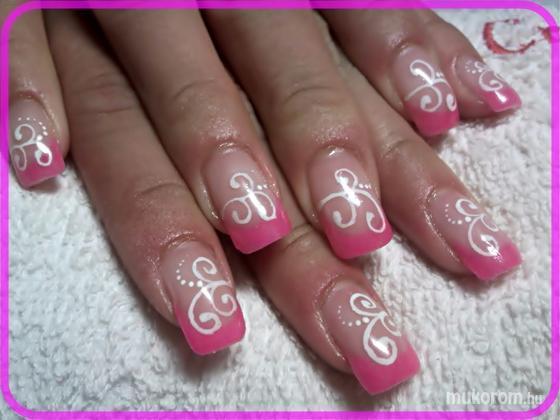 Szép Kriszta - A kedvenc rózsaszín - 2011-07-15 10:09