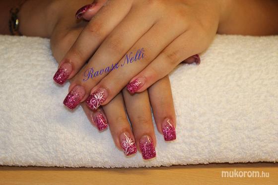 Lili Nails Nottingham - akrillal díszített - 2011-07-21 23:29