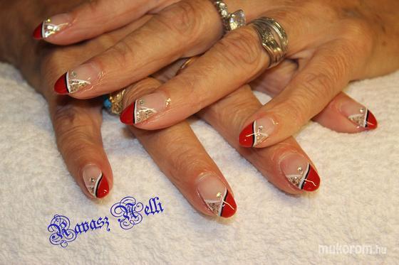 Lili Nails Nottingham - akrillal díszített - 2011-07-21 23:53