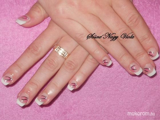 Sósné Nagy Viola - Francia fekete és rózsaszín csíkokkal - 2011-08-02 12:18