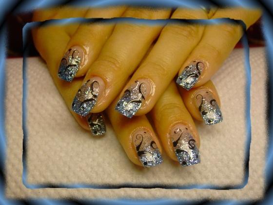 Györené Csertán Gyöngyi - Pink Cadillac Professional Nails Körömszalon - Györené Csertán Gyönygi - 2009-07-02 23:15
