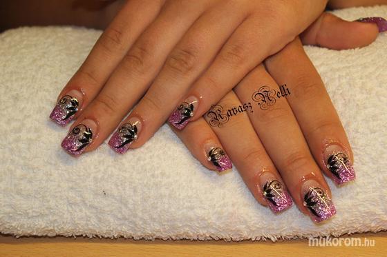 Lili Nails Nottingham - akril - 2011-09-22 22:10