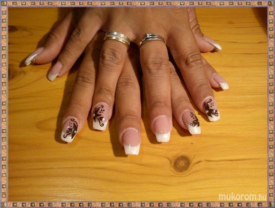 Vinczek Anett - Anitának barnásat - 2011-09-26 09:43