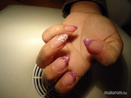 Boglári Andrea - Rózsaszín csillámos - 2011-09-29 10:13