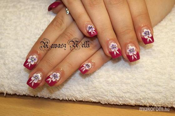 Lili Nails Nottingham - akril díszítés - 2011-10-15 14:43