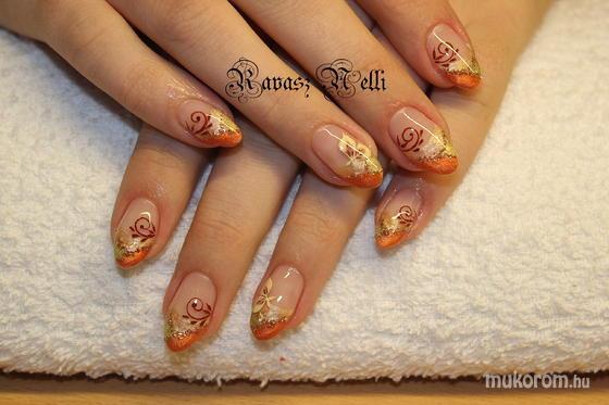 Lili Nails Nottingham - akril díszítés - 2011-10-17 21:04