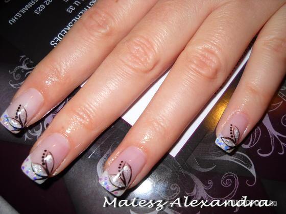 Matesz Alexandra - virágos csillámos - 2011-10-18 19:09