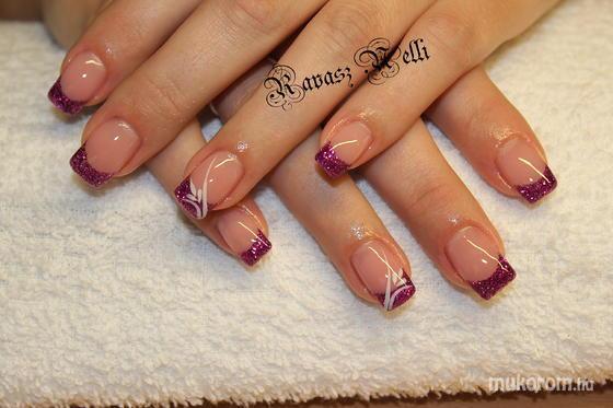 Lili Nails Nottingham - akril díszítés - 2011-10-28 23:05