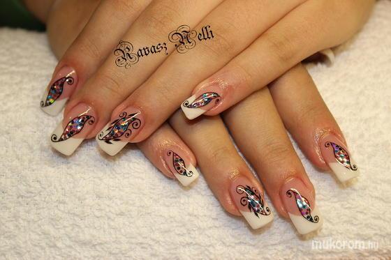 Lili Nails Nottingham - beépített díszítés - 2011-10-28 23:10