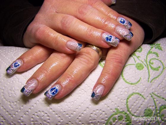 Tóth Beáta - Kék és ezüst - 2011-11-01 18:48