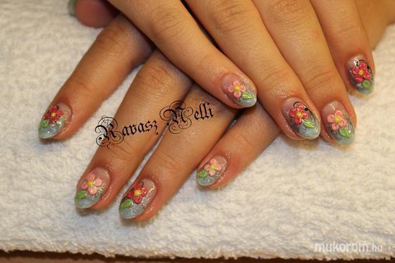 Lili Nails Nottingham - porci díszítés - 2011-11-03 18:50
