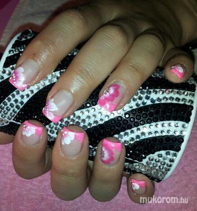 Molnár-Popovics Marianna - Pink - 2011-11-09 22:32