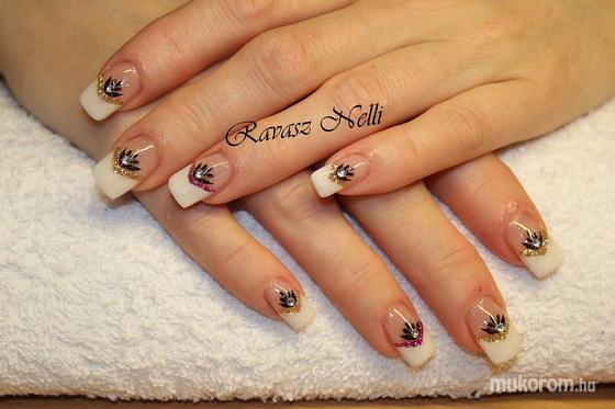 Lili Nails Nottingham - akrillal díszített - 2011-11-11 23:12