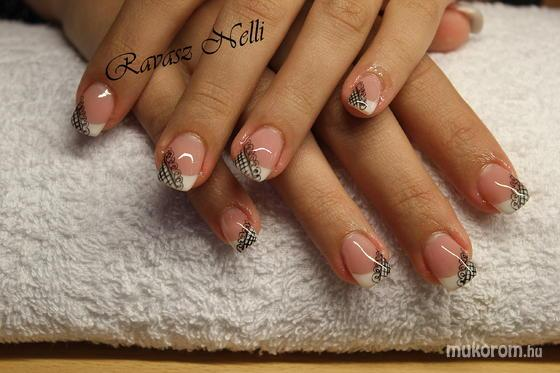 Lili Nails Nottingham - akrillal díszített - 2011-11-11 23:14