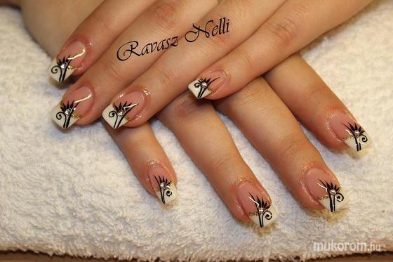 Lili Nails Nottingham S Nail Artist Pictures Pcs 12 Page