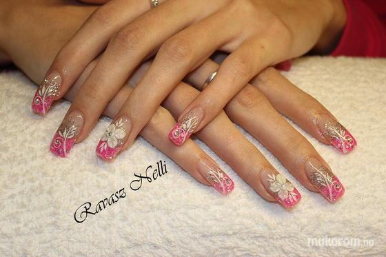 Lili Nails Nottingham - porci díszítés - 2011-11-23 22:23