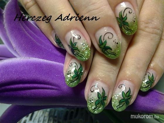 Herczeg Adrienn - 012 - 2011-11-24 20:14