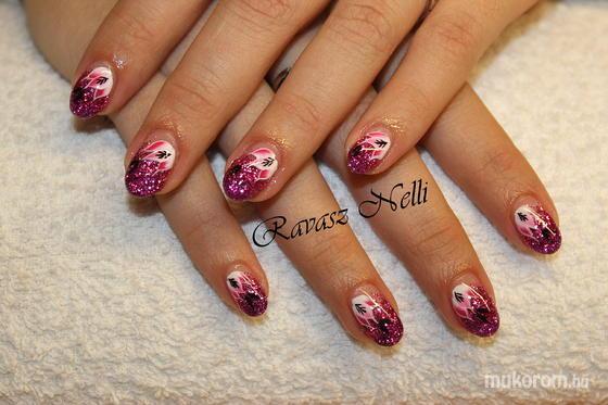 Lili Nails Nottingham - egymozdulat - 2011-11-25 20:51