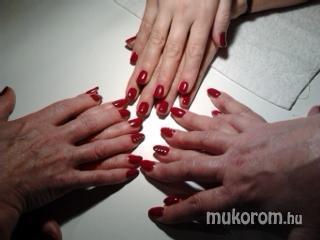 M. Mónika - Piros - 2011-11-26 22:50