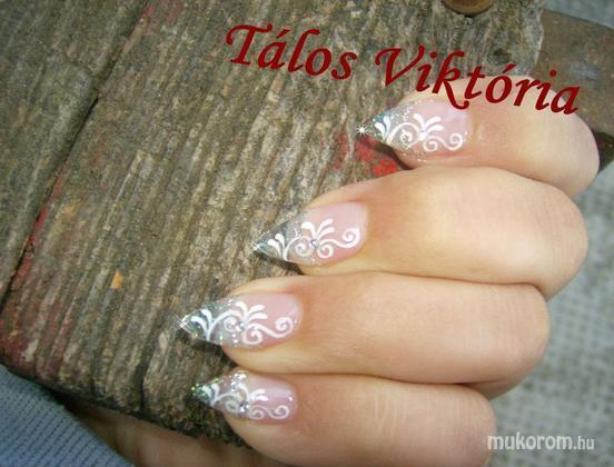 Tálos Viktória  - Télies - 2011-12-04 20:37