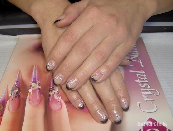 Vadi Barbara Perla Szépségszalon - Gel lac akril mintával kövekkel - 2011-12-06 21:48
