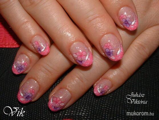 Juhász Viktória - rózsaszín - 2011-12-09 19:18