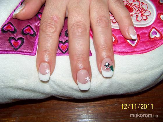 Morvai Evelin - Karácsony - 2011-12-11 23:21