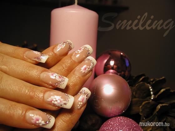 Teberi Szilvia (smiling) - szalon33 - 2011-12-13 20:44