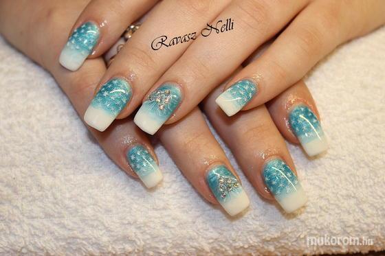 Lili Nails Nottingham - akrillal díszített - 2011-12-16 23:44