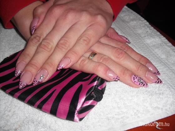 Baglyas Rita - Rózsaszín csíkos - 2011-12-20 15:45