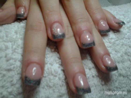 "Nail Beauty körömszalon ""crystal nails referencia szalon"" - Bulira - 2012-01-01 13:58"