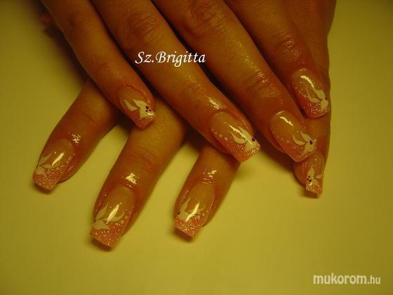 Szépségbarlang - akril díszítés - 2012-01-08 10:40