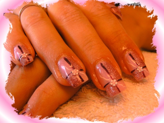 Györené Csertán Gyöngyi - Pink Cadillac Professional Nails Körömszalon - Györené Csertán Gyönygi - 2009-07-20 11:24