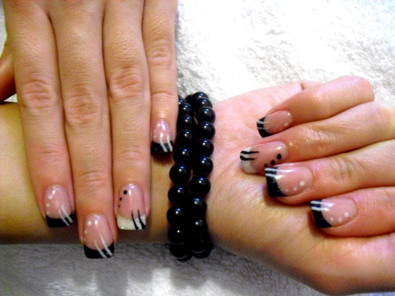 Nyárádi Eszter - Black & White - 2011-01-01 21:41