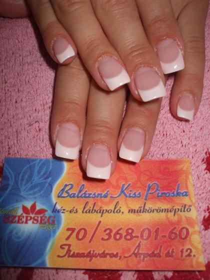 """Balázs Józsefné   Kiss Piri ,,Piros"""" - csak szolidan, - 2009-07-11 19:17"""